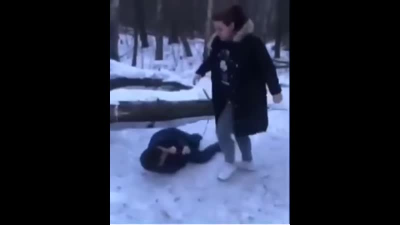 Немая избила инвалида