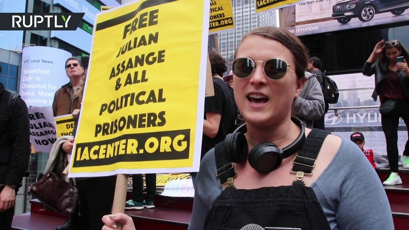 We are not going to shut up New York protesters demand freedom for Assange and Manning