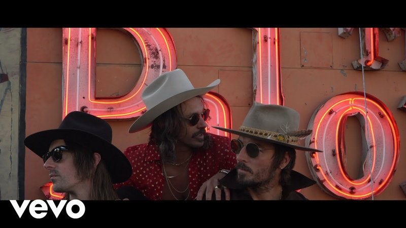 Midland Let It Roll Live From The Palomino 2019