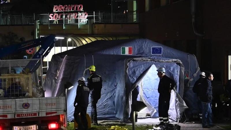 Coronavirus tende per il pre triage dei pazienti davanti ai pronto soccorso del Piemonte