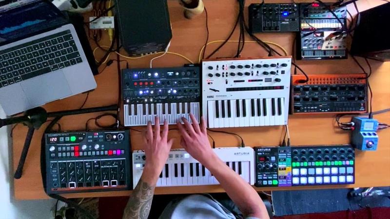 Synth Jam - Drumbrute Impact - Microfreak - Korg Monologue - Volca Drum - Volca Fm