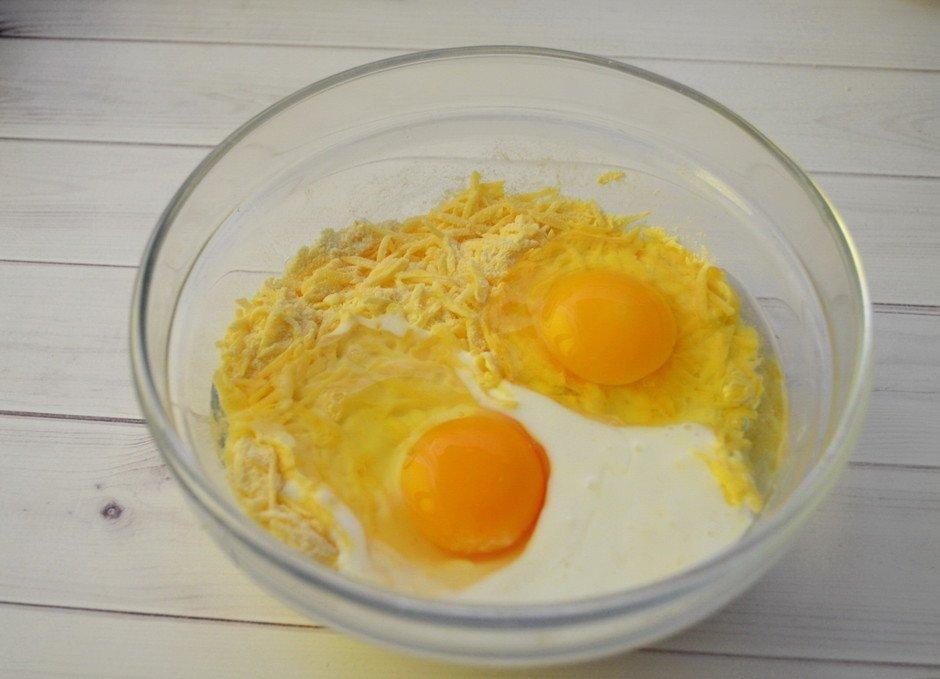 Сырный кексИнгредиенты:Яйца — 2 шт.Сыр твердый — 100...