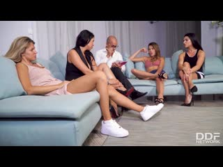 [DDFNetwork] Kira Queen, Inna Innaki, Mary Kalisy, Verona Sky - Deliciously Dirty Lesbian Swingers