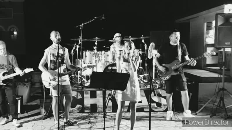 CHIVAS кавер группа( Евпатория набережная).mp4