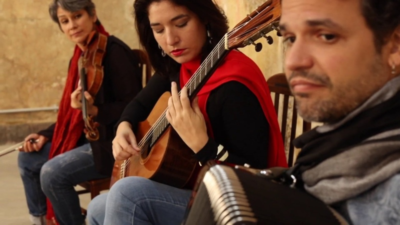 Las Abejas de Agustin Barrios I Arranjo Elodie Bouny I Iroko Trio