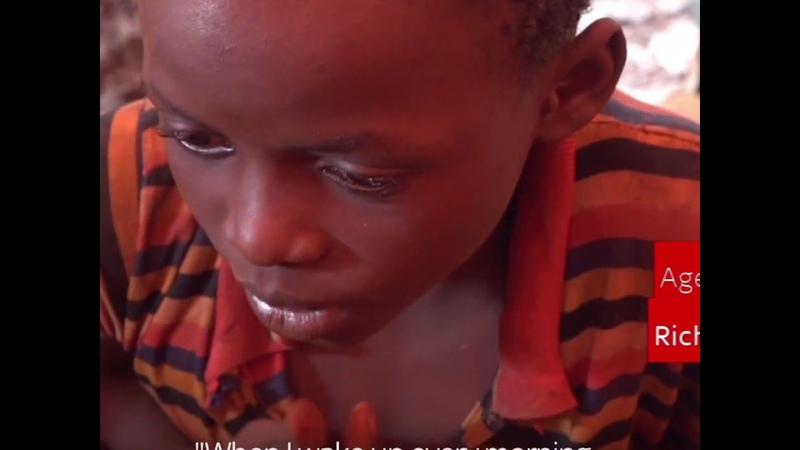 Конго Дети с 4-х летнего возраста работают на рудниках по добыче кобальта