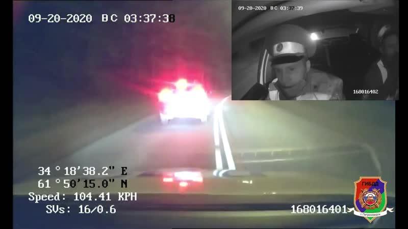 Автоинспекторы применили табельное оружие для остановки иномарки водитель которой находился в состоянии опьянения