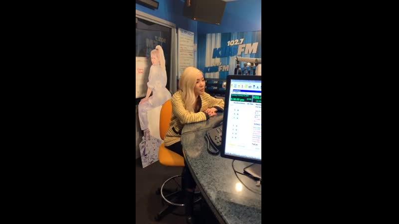 CLIP Tiffany Young 102 7 kiis fm IG live 190214