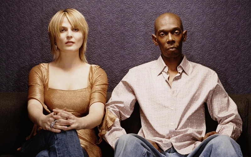 Faithless feat. Nathan Ball & Suli Breaks ''This Feeling''