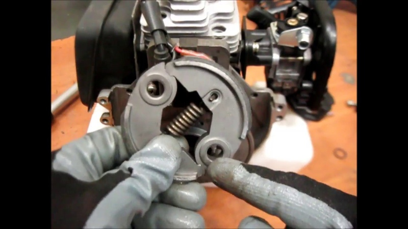 Ремонт бензокосы замена муфты сцепления Repair brushcutters replacement clutch
