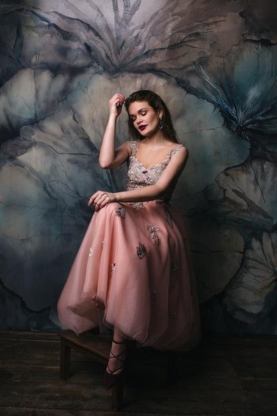 Катерина Абраменко