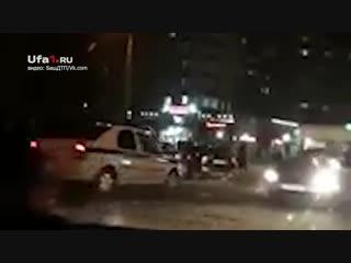 Опубликовано первое видео с места аварии в Нефтекамске, где погибла 13-летняя девочка. 18+.