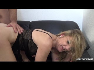 Jacquieetmicheltv – Anaïs, 35ans, coquine bourgeoise !