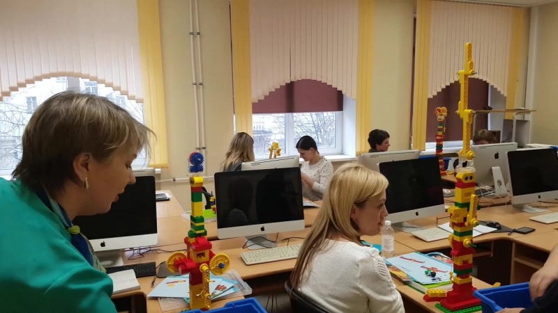 Обучение педагогов дошкольного и младшего школьного возраста ЛОИРО