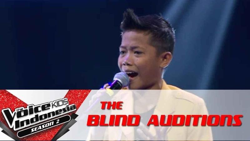 Desna Jadi Aku Sebentar Saja | The Blind Auditions | The Voice Kids Indonesia S2 GTV 2017