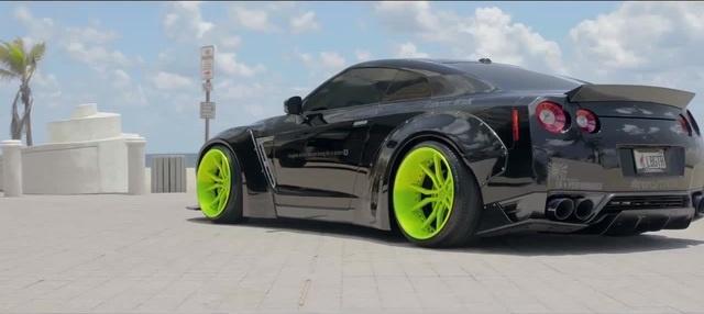 Liberty Walk Bagged Nissan GTR Black Edition! (4K)   XN WORKS