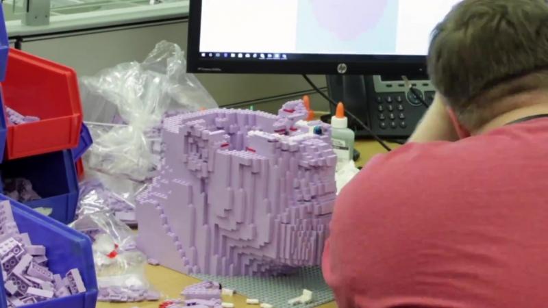 Процесс создания Таноса из LEGO для Comic Con 2018