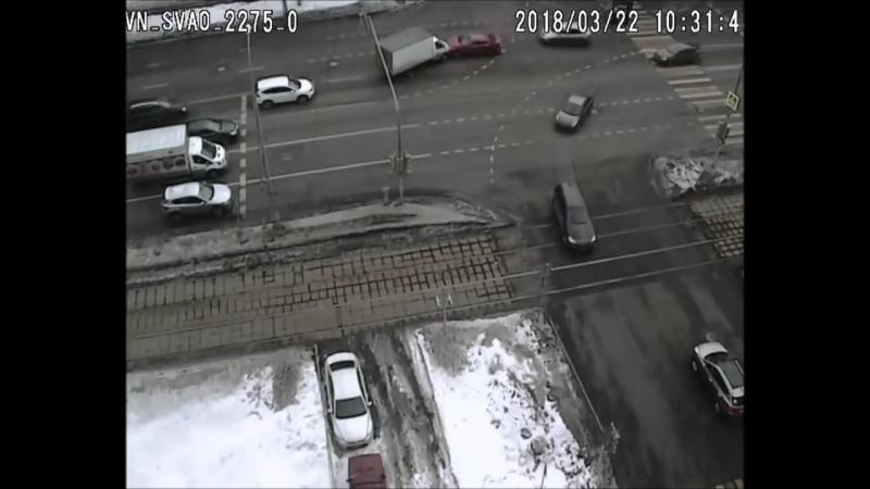 ДТП с машиной ГИБДД на Енисейской ул.
