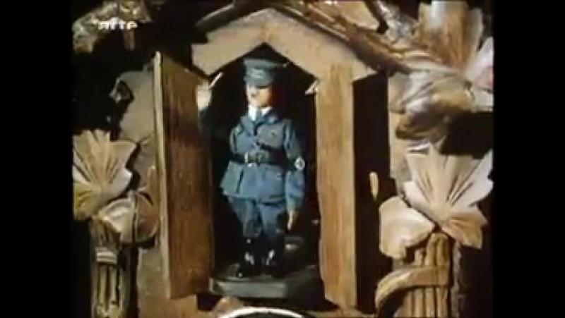 Schuntt aus 50er Jahre film mit einen AH Kuckkuck-Uhr
