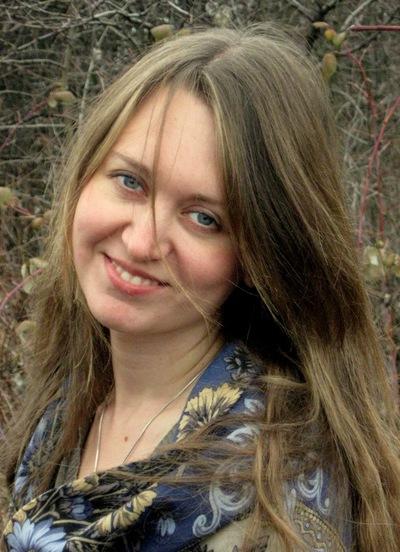 Дана Илларионова