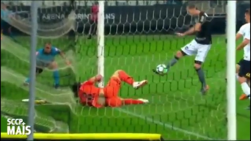 Corinthians keeper performing miracles last night! - -