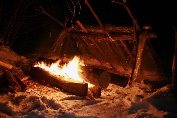 ei2GBSauVY8 - Как правильно греться у костра зимой