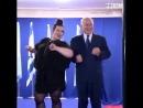 Benjamin Netanyahu a aeao does the chicken dance with Israels Eur - Putain j'ai vomi 🤢🤮