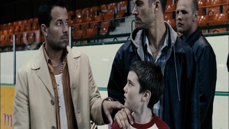 Беги без оглядки / Running Scared (2005) (боевик, триллер, драма, криминал)