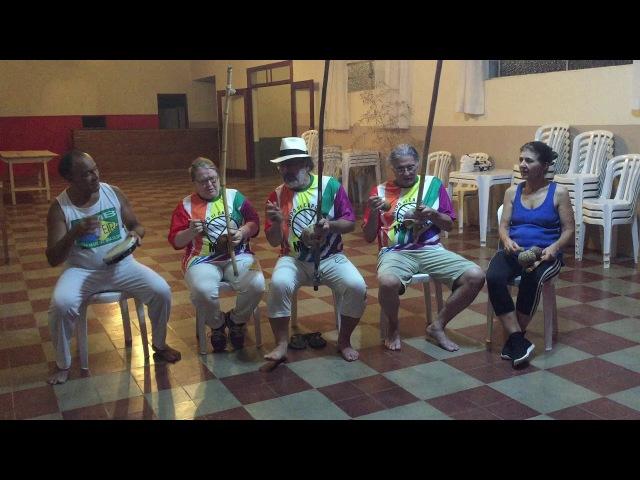 Capoeira Meia Lua Tiguera: Mestre Polêmico, Antônio, Jorge, Ana, Maria, Pulika e Estrela. 19mar18