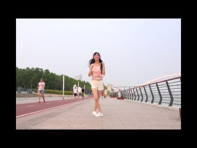 Shuffle Dance Đường Phố _ Điệu Nhảy Khiến Triệu Trái Tim Xao Xuyến .