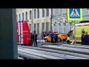 В центре Москвы киргизский гастарбайтер на такси наехал на болельщиков из Мексики