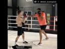 Это к выносливости скорости и реакции Голкипер Динамо продемонстрировал свои боксерские навыки