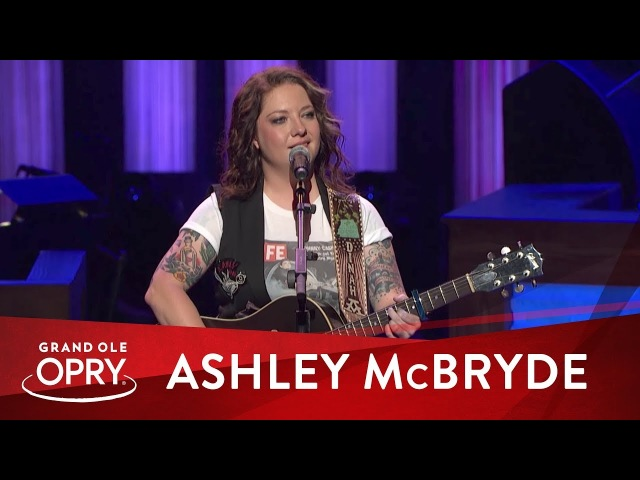 Ashley McBryde Girl Goin' Nowhere Live at the Grand Ole Opry Opry