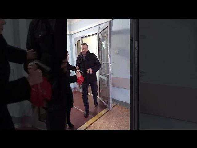 Михаил Ичитовкин избил учительницу его дочери и юриста Антона Долгих при полиции
