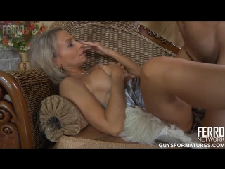 Видео секса с ninette