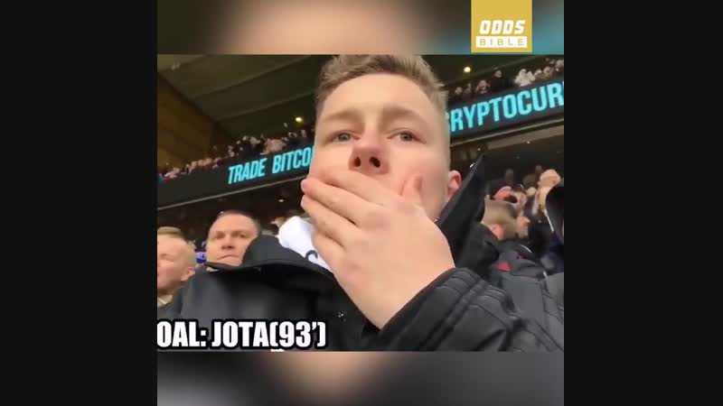 This Leicester fans reaction to Wolves last minute winner after giving it large is brilliant 😂😂