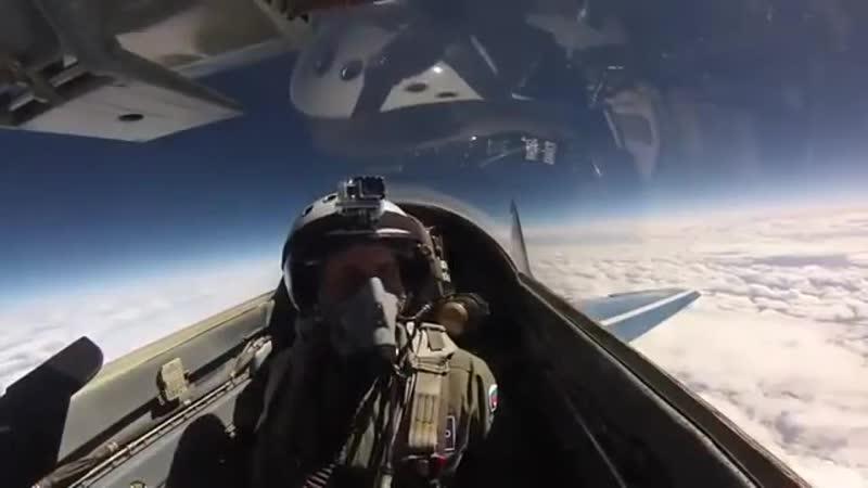 Полет на истребителе МиГ-29 в Стратосферу.