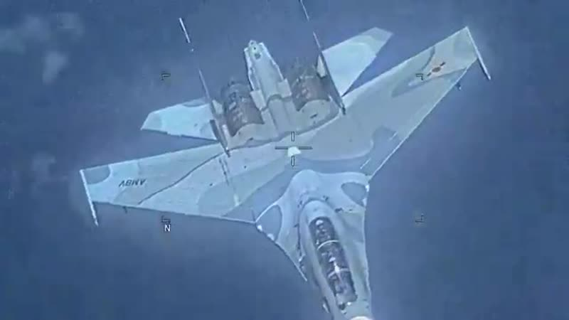 Перехват самолета EP-3 Aries II Су-30МК2 ВВС Венесуэлы