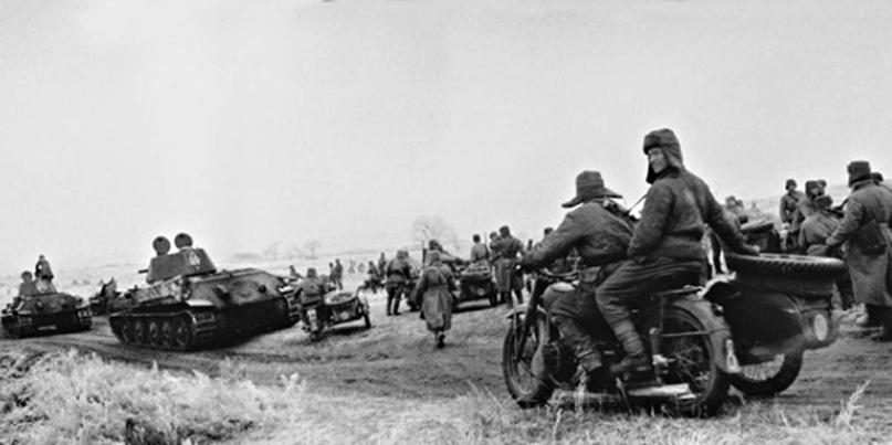 Советская механизированная часть во время наступления под Сталинградом, ноябрь 1942-го