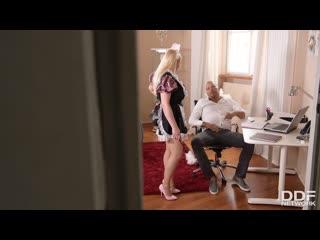 Jordan Pryce - Big Tits Keep On Shaking / Босс трахает секретаршу  [Uniform, Big Tits, Blonde, Blowjob, Boobs, Busty]