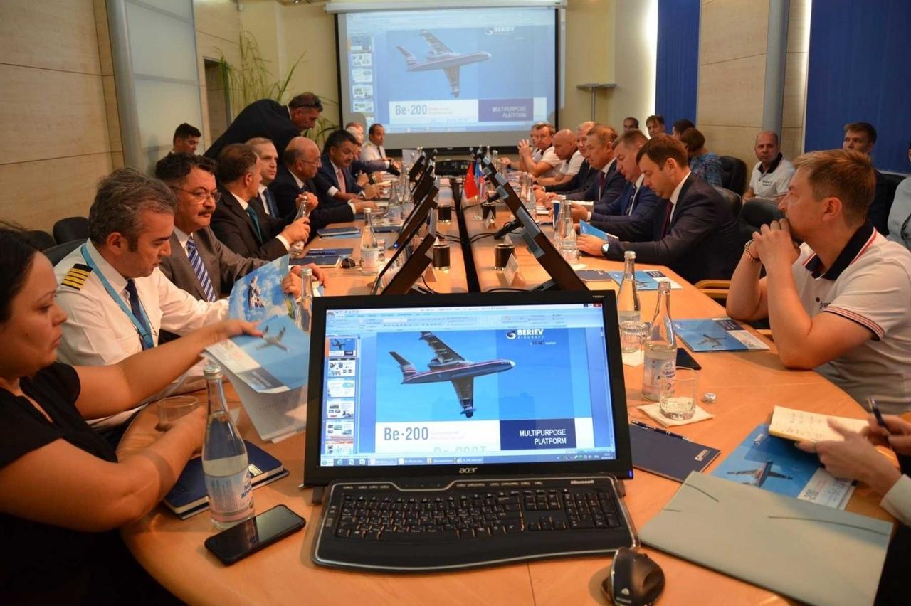 Таганрогские самолеты-амфибии Бе-200 ЧС заинтересовали Турецкую Республику