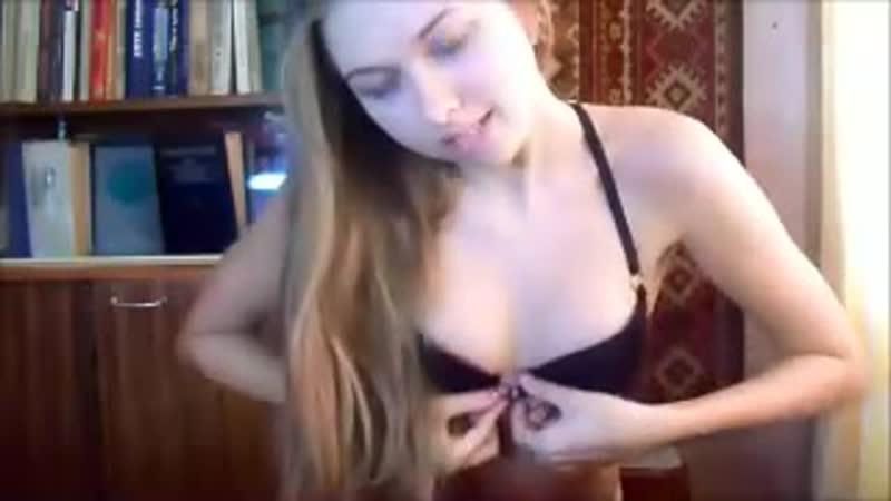 Красивый стриптиз перед вебкой секс эротика не порно 2