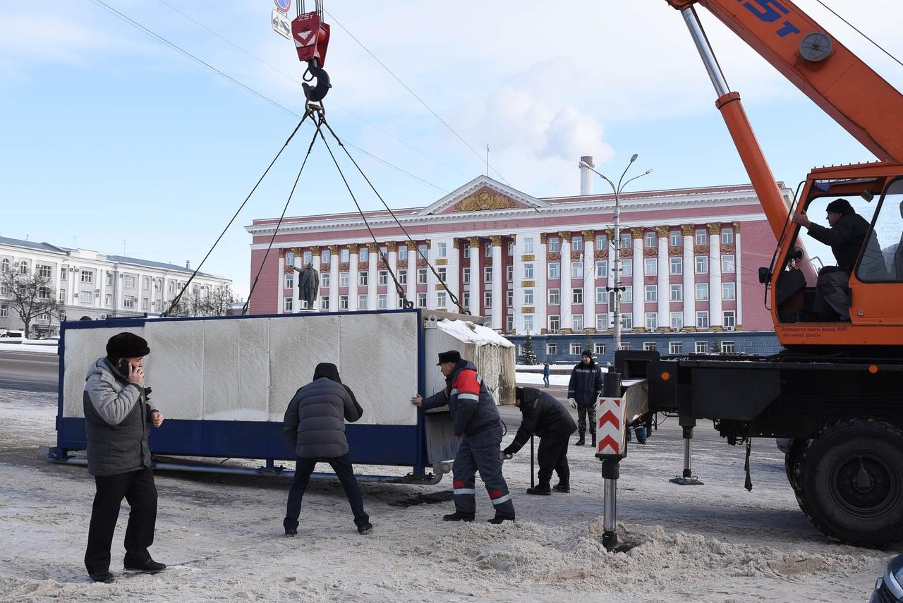 В Курске тестируют снегоплавильную машину
