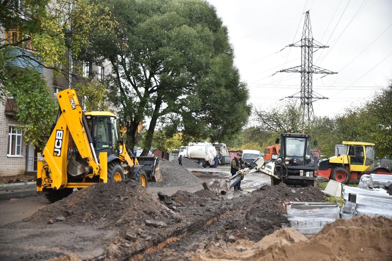 Ремонт дворов по проекту «Городская среда» продолжается в Вологде