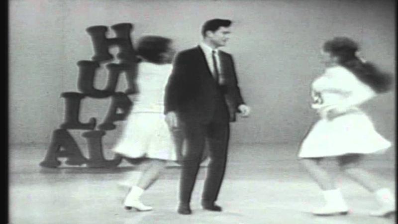 Hullabaloo November 11, 1965 02 Teach Me Tonight, Somethings Gotta Give, A World Without Sunshine George Maharis Host