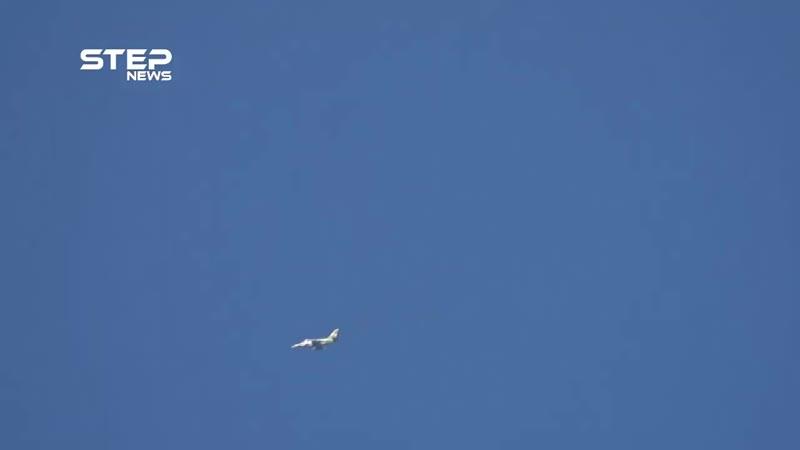 شاهد القصف الجوي على مدينة كفرزيتا وقرية تل ملح في ريف حماة الشمالي