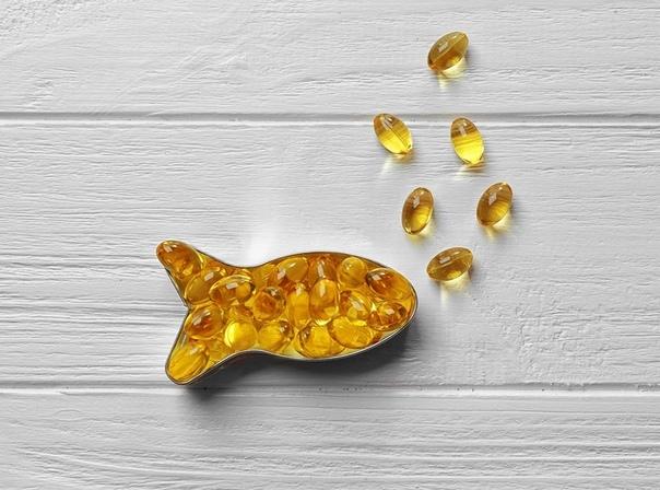 Рыбий жир и рыбный жир Работаю в аптеке Заходит молодая девушка. - Здравствуйте. У вас есть рыбный жир - Да, есть. Вот они: препарат X, Y, Z и т.д. - Нет, это рыбий жир. А мне нужен именно