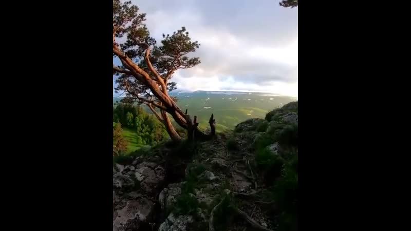 Закат на скале Утюг
