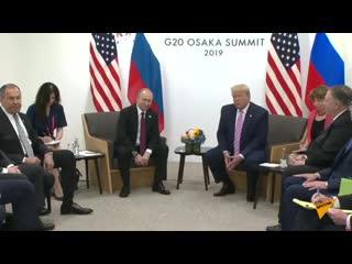 """Американский юмор_ """"Не вмешивайтесь в выборы"""" - пошутил Трамп на встрече с Путиным.mp4"""