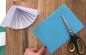 ЗИМНЯЯ ПОДЕЛКА Очень красочная и простая в изготовлении зимняя поделка из цветной бумаги Подробный мастер-класс см. на